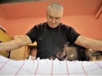 Człowiek, który od 38 lat prowadzi magiel