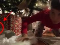 Dzieciak próbował złapać Mikołaja w kamerze i wydarzyło się coś bardzo interesującego