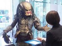 Predator odwiedza firmę