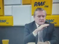 Wicepremier Gliński wychodzi ze studia po niewygodnym pytaniu R. Mazurka