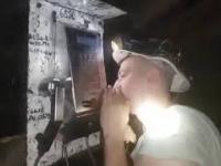 Kontrola trzeźwości na kopalni przez aparat telefoniczny.