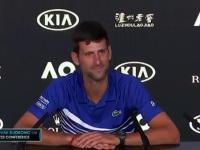 Novak Djokovic żartuje z włoskiego dziennikarza po wygraniu AO