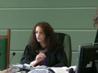 Sędzia awanturuje się na sali...