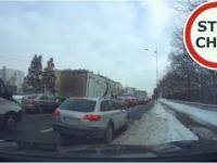 Szeryf i niebezpieczne manewry na drodze