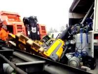 Stawianie na koła dopakowanej ciężarówki