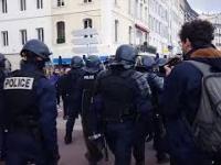 Marsz Imperialny w trakcie przemarszu policji