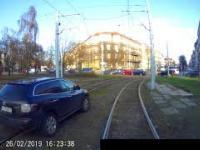Tak przejeżdża się przez rondo w Szczecinie