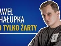 Paweł Chałupka w stand-upie