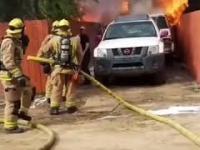 Mężczyzna wpada do płonącego domu, aby uratować swojego psa