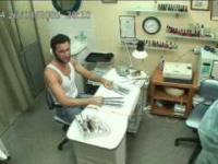 Wolverine wybrał się do manicurzystki