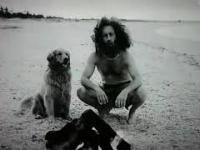 Opowieść o Mężczyźnie Owcy i Psie na bezludnej wyspie
