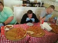 1500zł za zjedzenie najostrzejszej pizzy w Polsce
