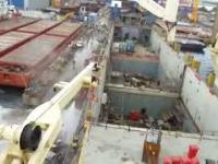 Upadek dźwigów w doku