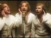 Bee Gees podczas nagrywania ich słynnego hitu