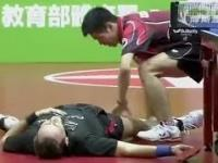 Najzabawniejszy mecz w historii ping-ponga