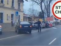 Instant karma czyli wykroczenie i szybkie spotkanie z Policją - [Prezent na Zajączka od Stop Cham]