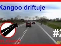 2 Krajówka. Kangoo driftuje.