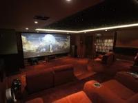 Timelapse z budowy kina 4K w piwnicy