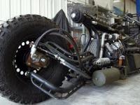 Motocykl w całości zrobiony z tego, co było pod ręką