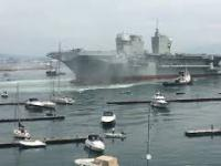 Wodowanie nowego okrętu desantowego Trieste włoskiej marynarki wojennej