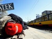 Zobacz to, zanim zaczniesz kląć na bezdomnego
