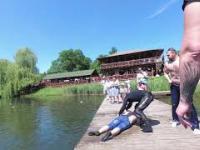 Tonący człowiek - Akcja ratunkowa motocyklistów [ Złoty Potok ]