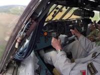 IŁ-76 - przykład bezwładności maszyny. Pilot macha sterami, a co z reakcją samolotu?