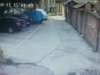 Prawdziwy mistrz parkowania wszędzie znajdzie miejsce