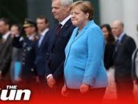 Merkel trzęsie się ponownie, po raz trzeci