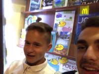 20-letni patostreamer rozpija nieletniego na streamie na żywo