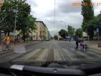 Łódź: Pozytywna akcja na przejściu dla pieszych