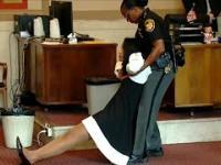 Sędzia skazana za korupcje wyciągnięta z sali rozpraw