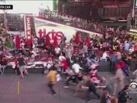 Panika na nowojorskim Times Sq. Warkot motocykla został uznany za strzały