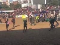 Argentyńscy kowboje rozganiają protestujących wegan