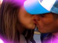 Co powiesz na pocałunek z ładną nieznajomą?