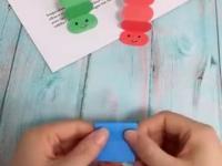 Wyścigi papierowych gąsienic to świetna zabawa