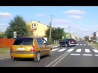 Szarża Clio po mieście
