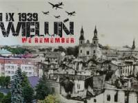 Film ukazujący ogrom zniszczeń Wielunia po niemieckim bombardowaniu na zestawieniu zdjęć z 1939 ze współczesnymi