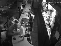 Nie do końca udany napad na bar