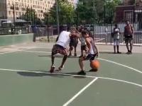 Zaczął od koszykówki, skończył na footbalu