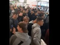 """Uczniowie wkroczyli do Lidla. """"Ludzie mają problem, że tworzymy kolejki"""""""