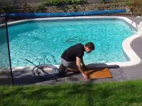 Skimmer w basenie ponownie się zablokował