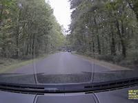 Niebezpieczny kierowca taranuje samochody