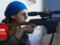 Kurdyjska snajperka oszukała śmierć. Kula minęła ją o włos, wszystko nagrano