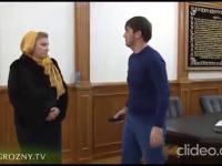 Kadyrow (były już) mer Groznego przyjmuje interesantów