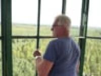 Człowiek na wieży - Adam Sikora