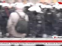 Policja usuwa ObywateliPRL z trasy Marszu Niepodległości