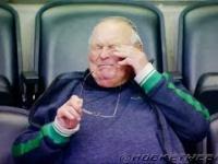 Wzruszony dziadek ogląda debiut wnuczka w NHL