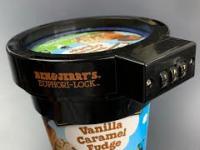 Nic nie stanie na przeszkodzie, kiedy kobieta chce zjeść lody