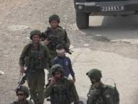 Rajd żołnierzy izraelskich po ulicach Hebronu.